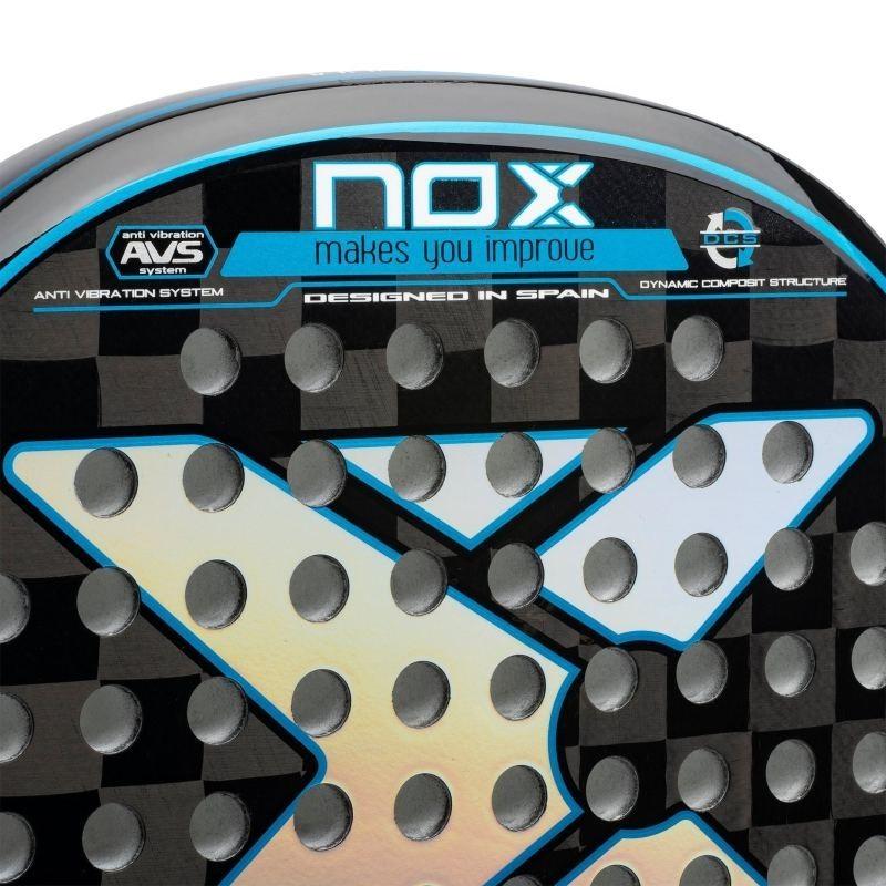 Pala de Pádel Nox Titanium Carbon 18K
